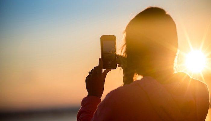 Sony Xperia XZ4: le nuove immagini dal vivo rivelano un display enorme