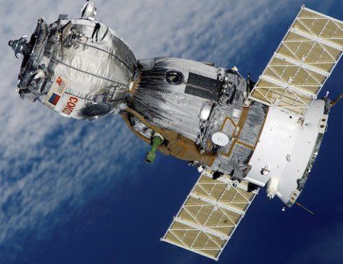 I microbi nella Stazione Spaziale si stanno adattando: non saranno pericolosi