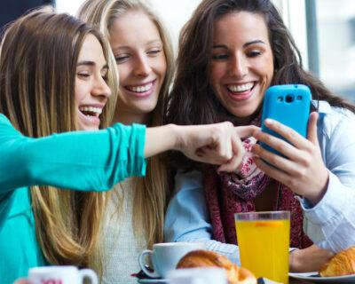 Passa a Vodafone: minuti, SMS e 50 Giga a 7 euro