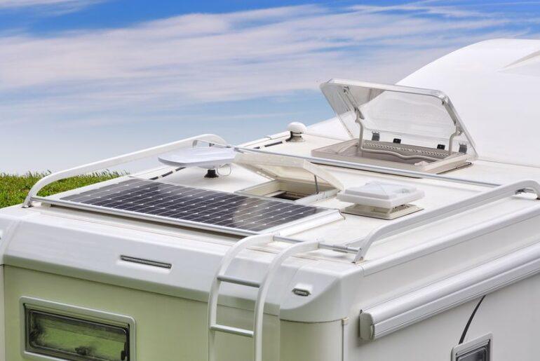 Pannelli solari per camper: i migliori kit, come scegliere